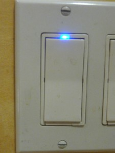 Electronic Smart Dimmer P11008971 225x300 Tech Update: Two New Philips LED Replacement Lightbulbs Shine