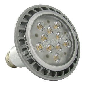 Phillips Par 30 LED dimmable 580w front image amz Tech Update: Two New Philips LED Replacement Lightbulbs Shine