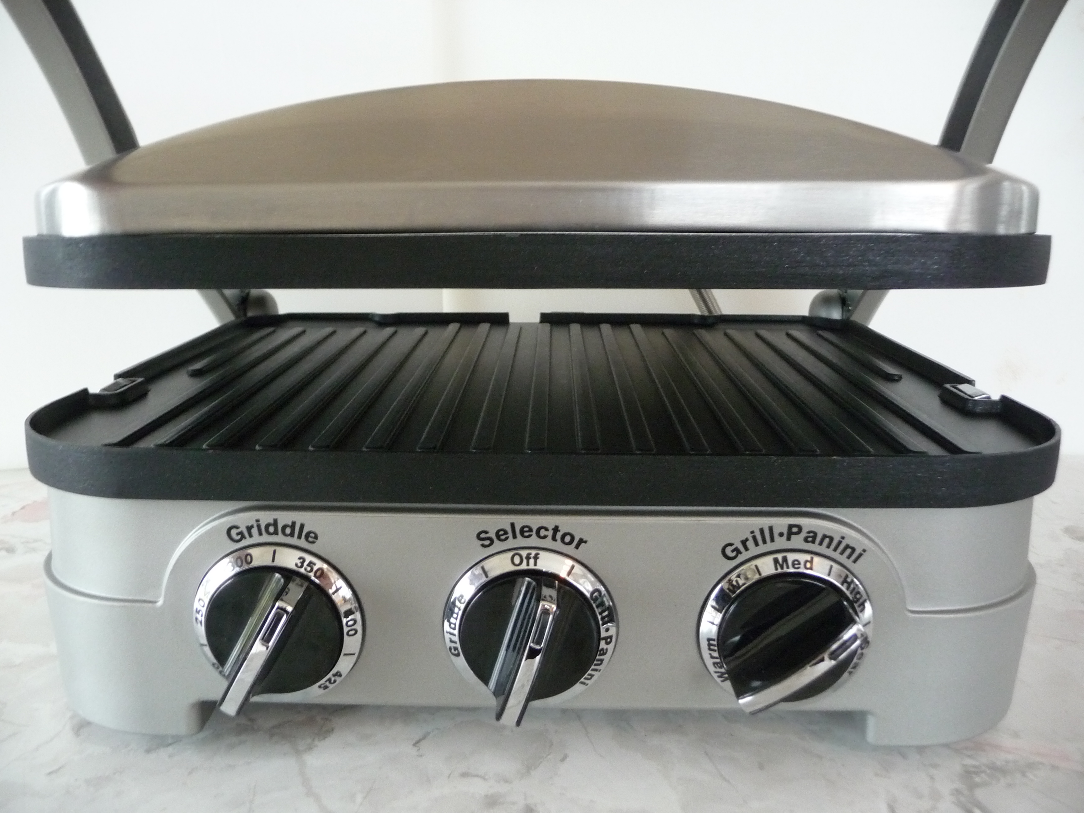 Toaster oven or panini press paninipress toasteroven resolved