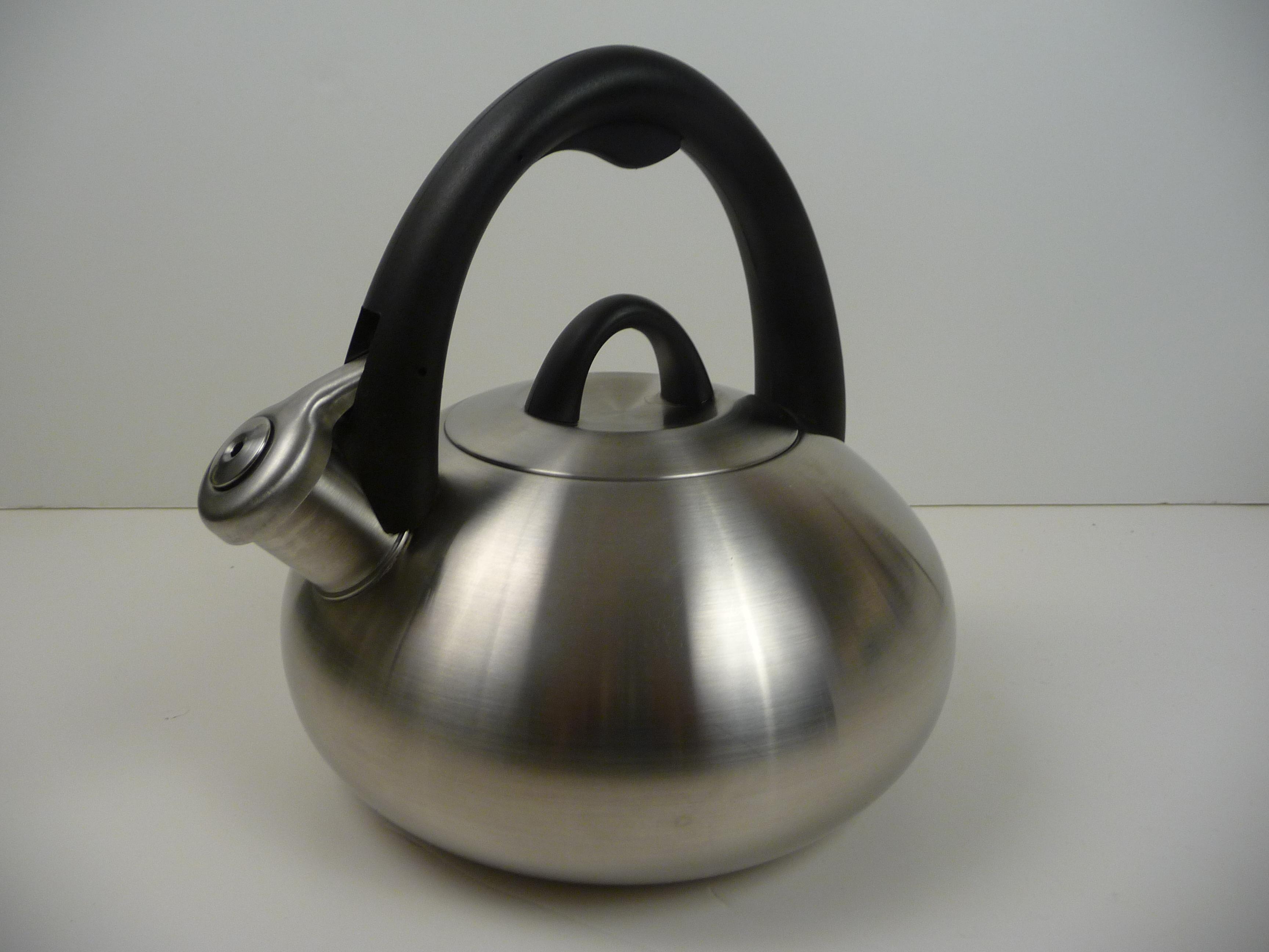 Best Teakettle – Calphalon – Stainless Steel Tea Kettle with Superior Human Design